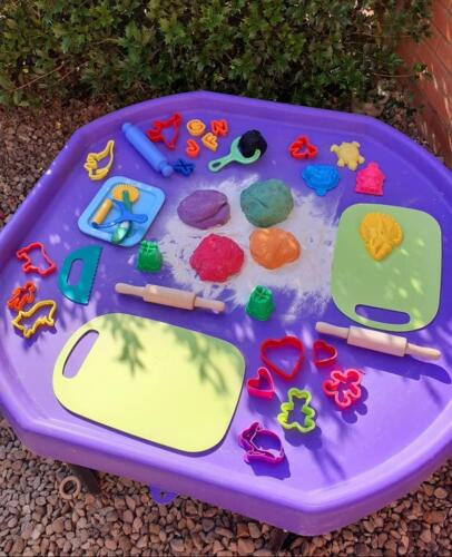 Playdough sensory tray